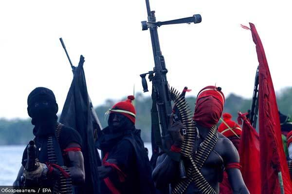 Два крупных нефтепровода атаковали боевики в Нигерии