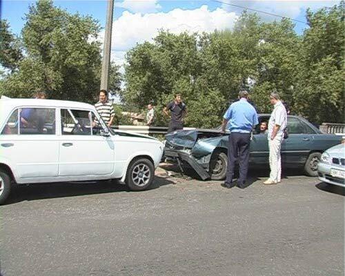 Лобовое столкновение на улице Алма-Атинской