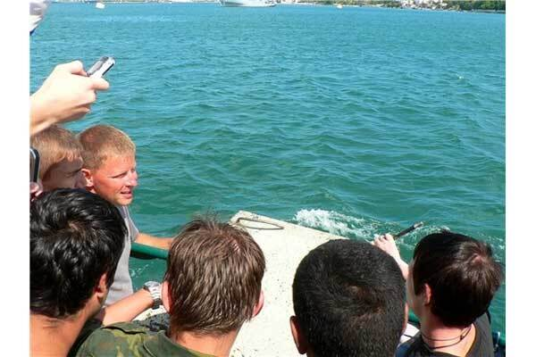 Вандалы из Севастополя попали под статью