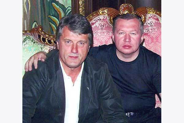 Жвания раскрыл имя еще одного спонсора кампании Ющенко