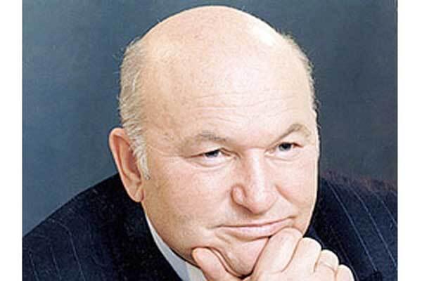 Осенью Москва может остаться без Лужкова
