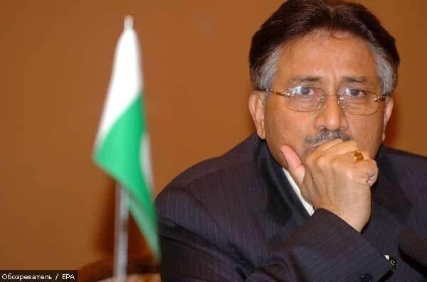 Президента Пакистана уговаривают уйти с поста добровольно