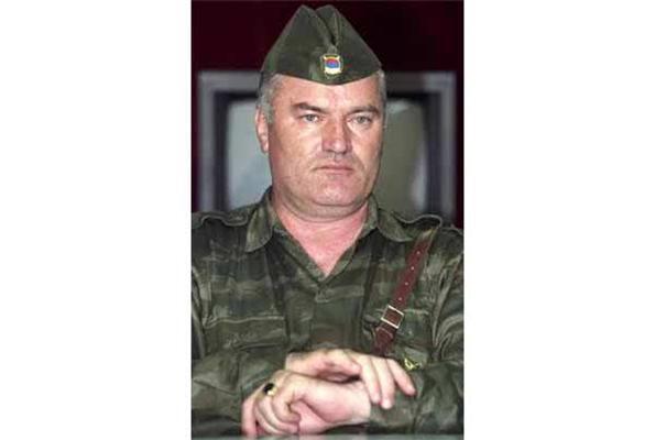 Ратко Младич готов сдаться сербским властям