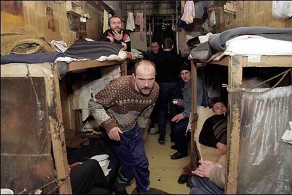 Зэки в колонии Киргизии подняли бунт и убили охранников