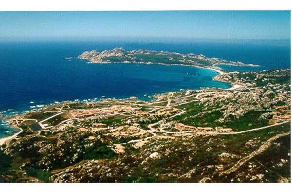 Пинчук купил четыре виллы на Сардинии