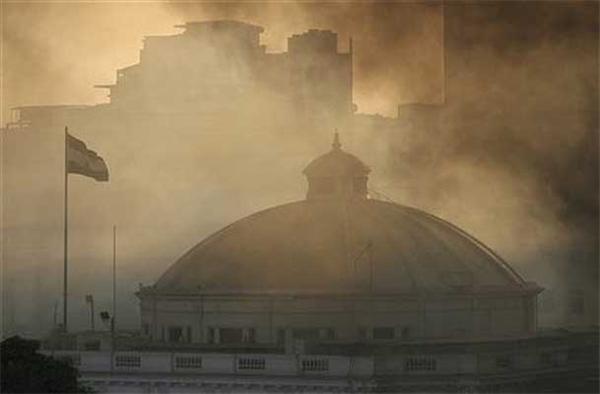 В Египте сгорело здание парламента. ВИДЕО