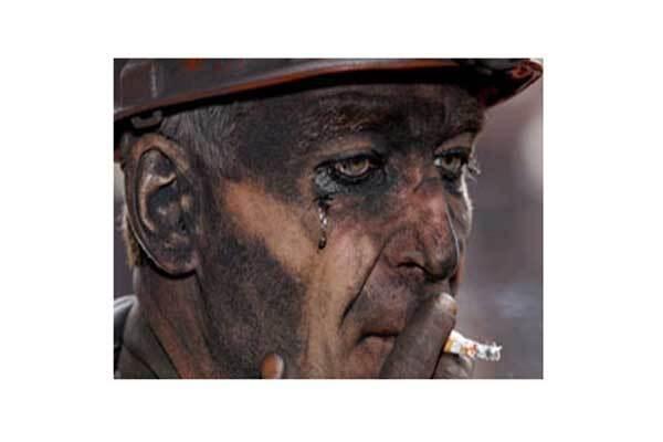 Ющенко призвал шахтеров не бояться