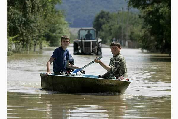 Милиция вычислила чиновников, заработавших на наводнении