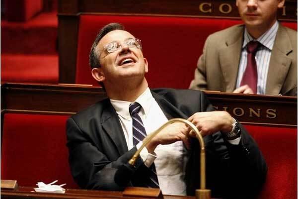 Французский депутат готов помочь Жвании в борьбе с кумом