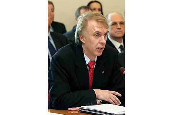 Ющенко отправил Огрызко на консультации со своим кумом