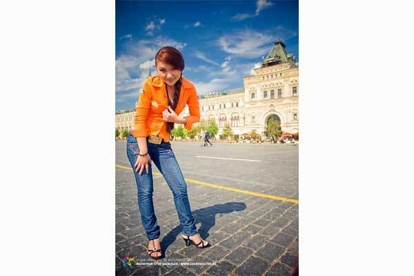 """На конкурсі """"П'ять зірок"""" перемогла співачка з Таджикистану"""