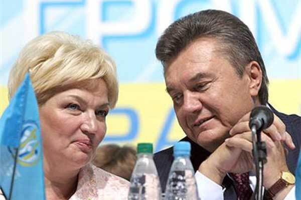 Богатирьова відокремила Януковича від ПР
