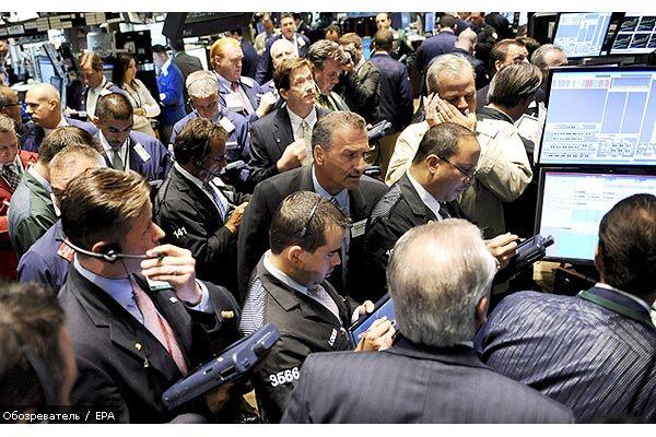 Рекордно впав фондовий ринок США тягне вниз Європу та Азію