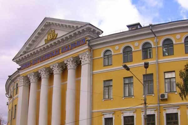 У Києво-Могилянській академії заборонили курити