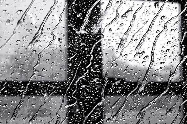 "Готуємо парасольки. Україна чекає ""ридаюча"" осінь"