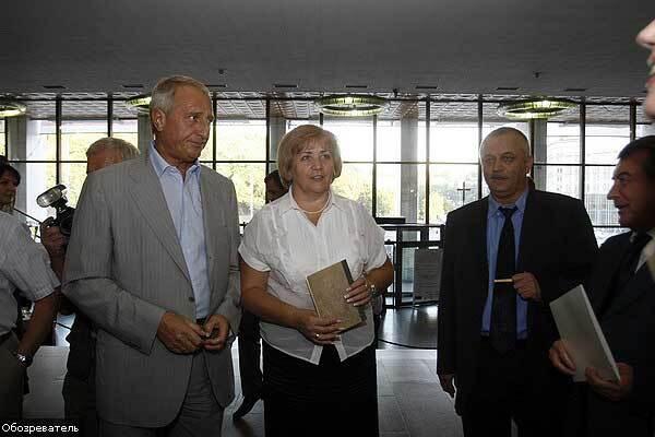 """У Києві відкрився """"Великий антикварний салон"""""""