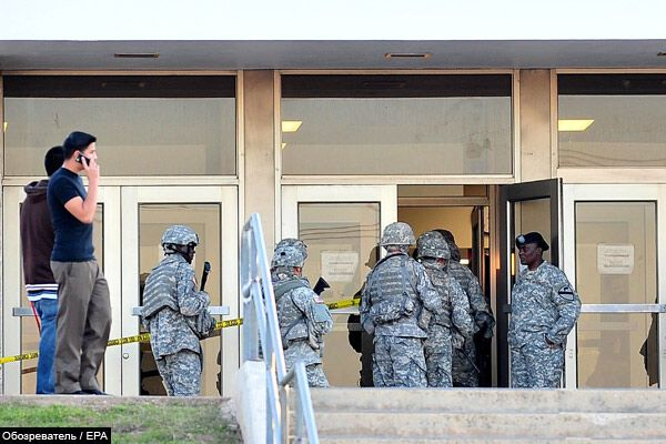 """Майор, який розстріляв 13 колег, був пов'язаний з"""" Аль-Каїдою"""""""