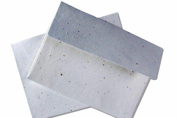 Російське посольство отримало конверт з білим порошком