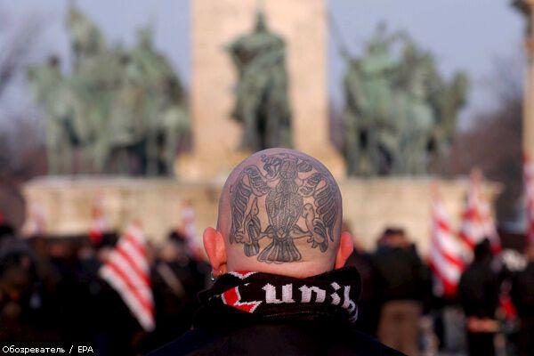 """Поліція викрила"""" Гітлерюгенд"""" на півночі Італії"""