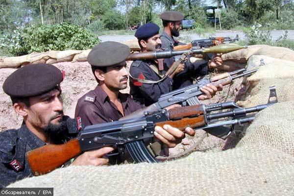 Теракт у Пакистані забрав життя 35 людей