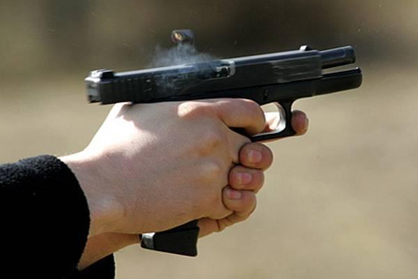 Поранений бізнесмен відстрілявся від кілерів з пістолета
