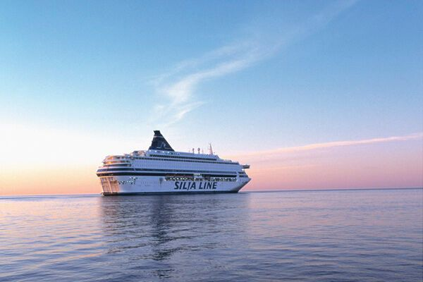 У Балтійському морі втратив керування круїзний пором