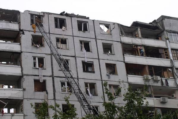 Житловий будинок вибухнув через витік газу, п'ятеро постраждалих