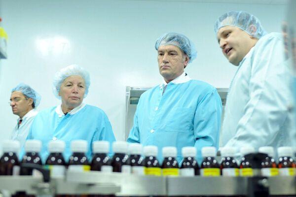 Ющенко написал Тимощенко о лекарственных монополиях