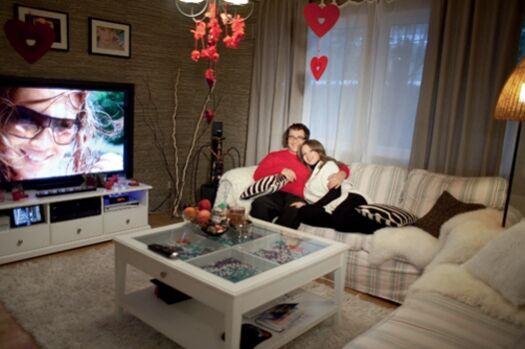 Семейная фотосессия Дмитрия Диброва в «Hello!»
