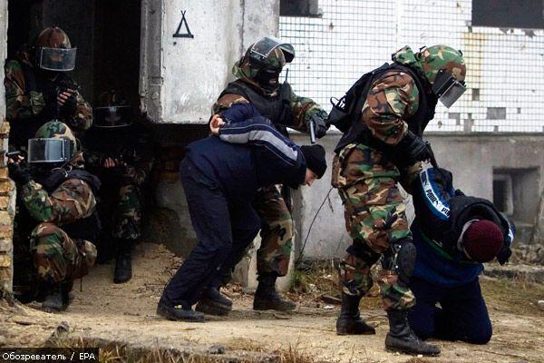 Военная полиция РФ получит топоры