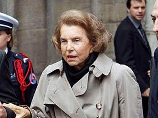 """Дочь основателя империи L""""Oreal подарила другу 1 млрд евро"""