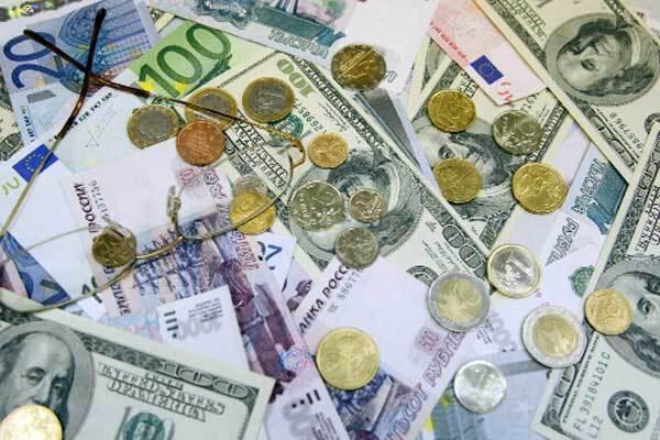 НБУ продаватиме банкам валюту за спецкурсом
