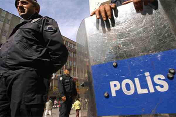 Поліція Єгипту розшукує терористів по фотороботу