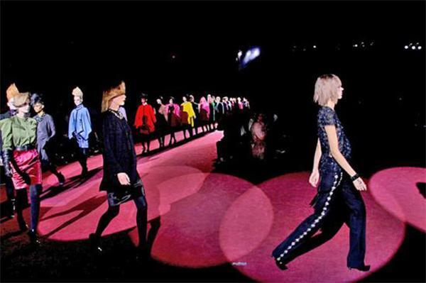 Класика і молодіжний бунт від Marc Jacobs