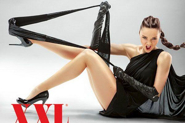 Знаменитая украинская гимнастка снялась для мужского журнала (фото)