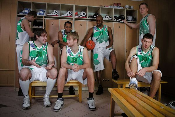 Киевские баскетболисты отказались позировать обнаженными!