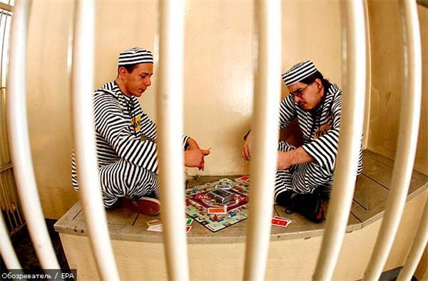 Дев'яти мільйонам ув'язнених не вистачає місця у в'язницях