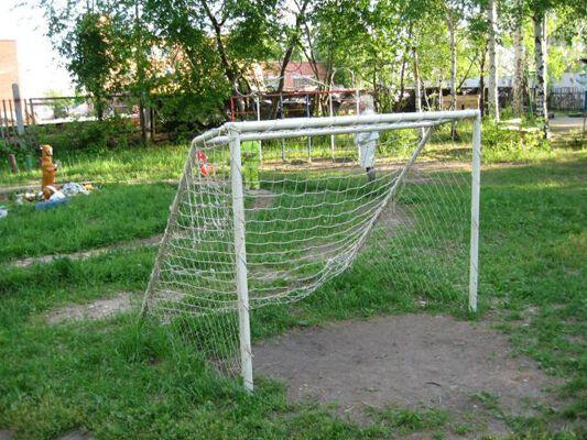 На Черкащині, на спортмайданчику, загинув школяр