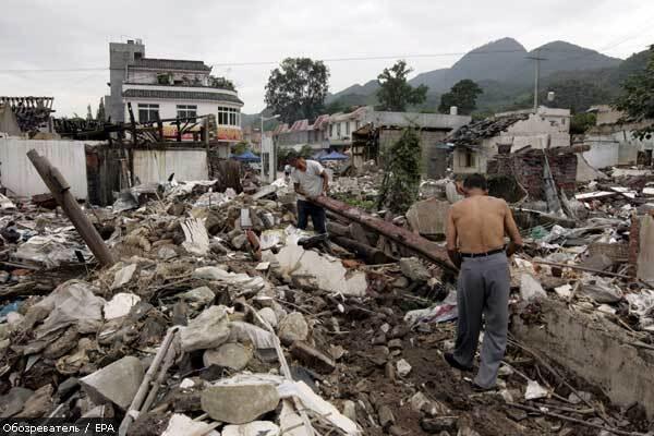 Тисячі людей постраждали від землетрусу в Китаї