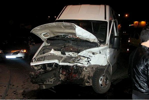 "Мажор на ""Lexus"" врізався в маршрутку"