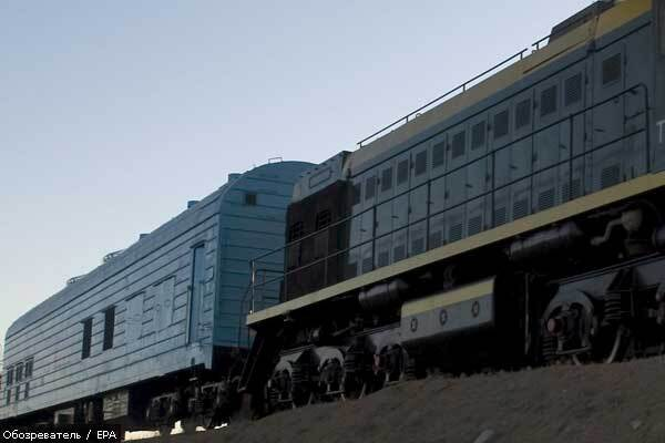 Індійські терористи відпустили поїзд
