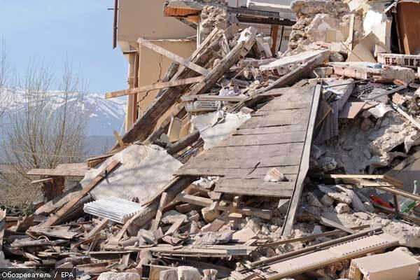У Тбілісі обвалилася будівля телекомпанії