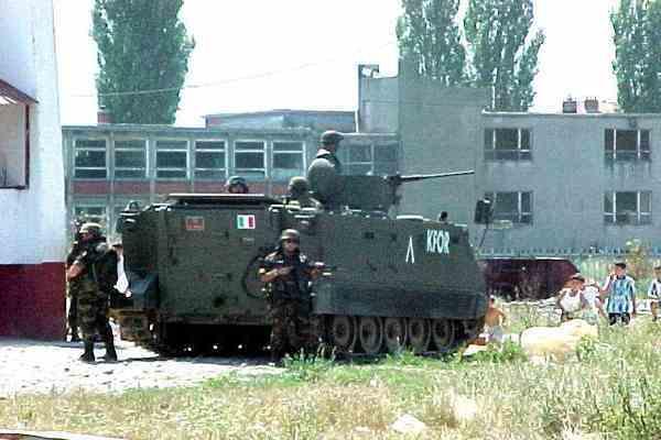 У Косово сербську демонстрацію розігнали сльозогінним газом