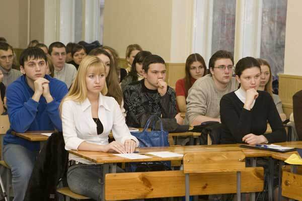 Тимошенко шокировала студентов