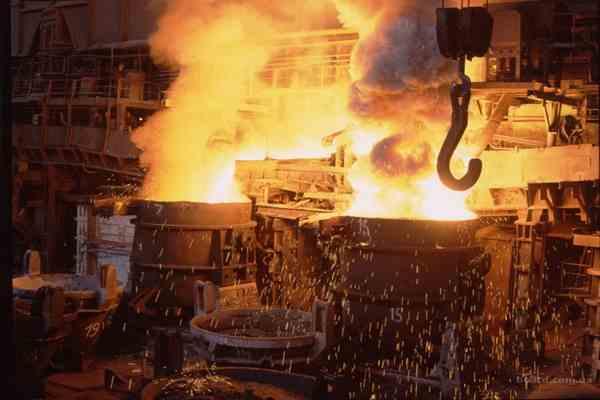 """С """"Криворіжсталі"""" вкрали 100 тонн металопрокату"""