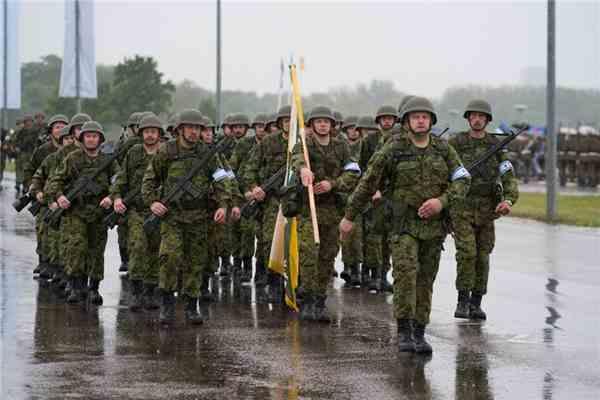 Поліція Естонії озброїлася суперські водометом