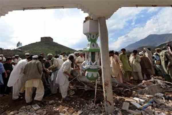У Пакистані підірвали мечеть з тисячею шиїтів