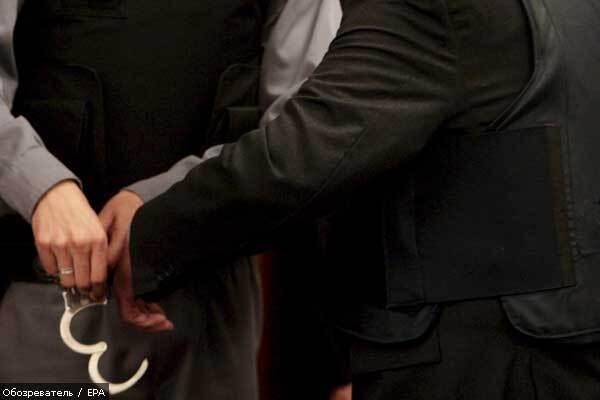 Захвативший заложников турецкий грабитель сдался полиции