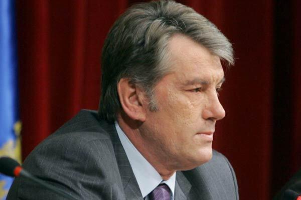 Ющенко готовит депутатов к перевыборам