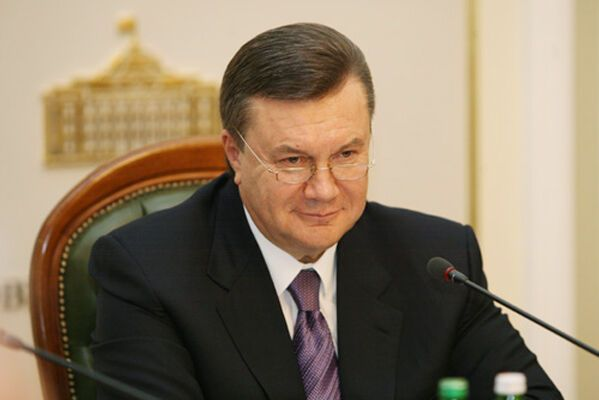 Янукович: выборы президента нужно проводить после Рождества